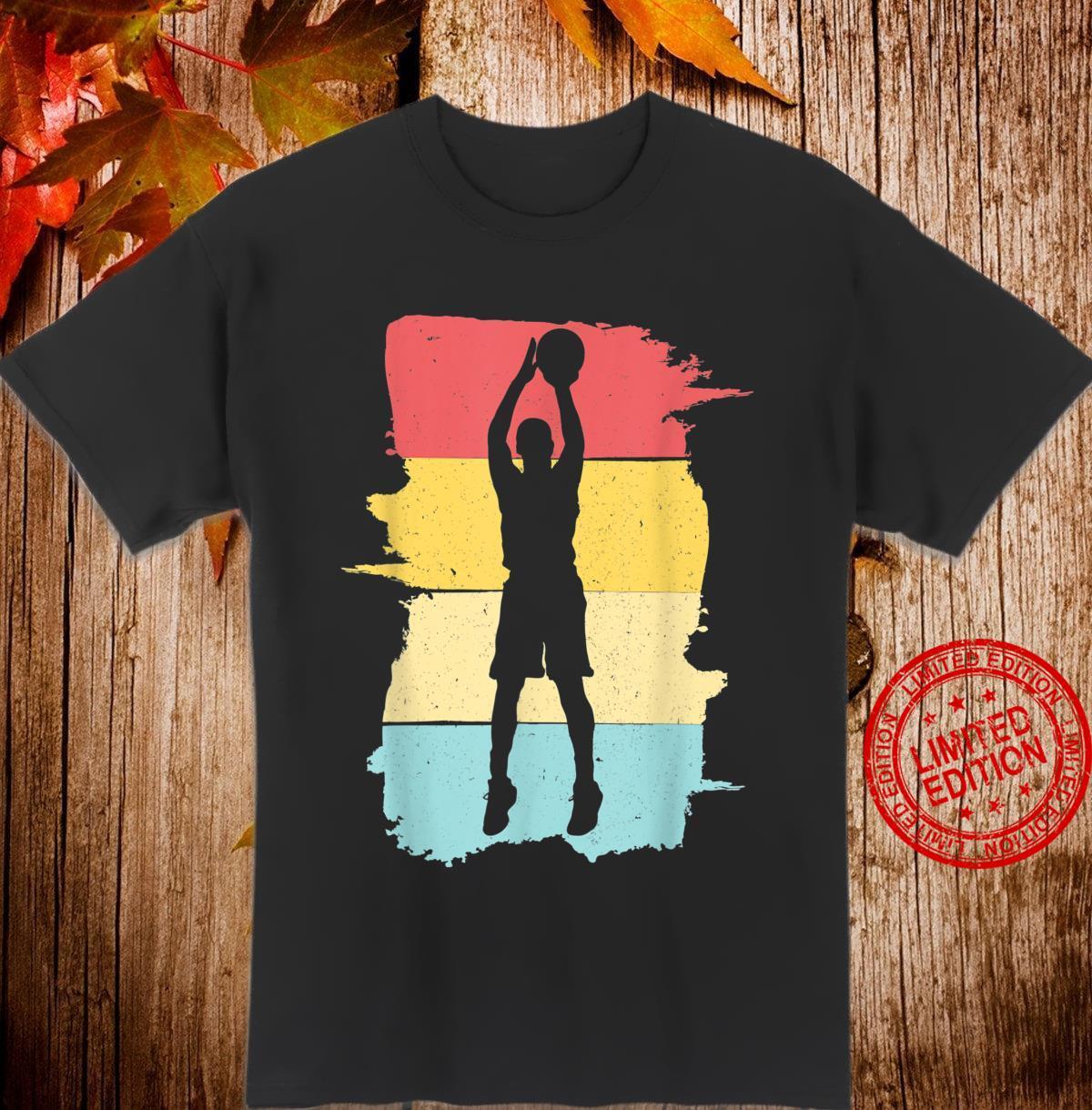 Retro Basketball Basketballspieler Geschenk für Junge Jungen Shirt