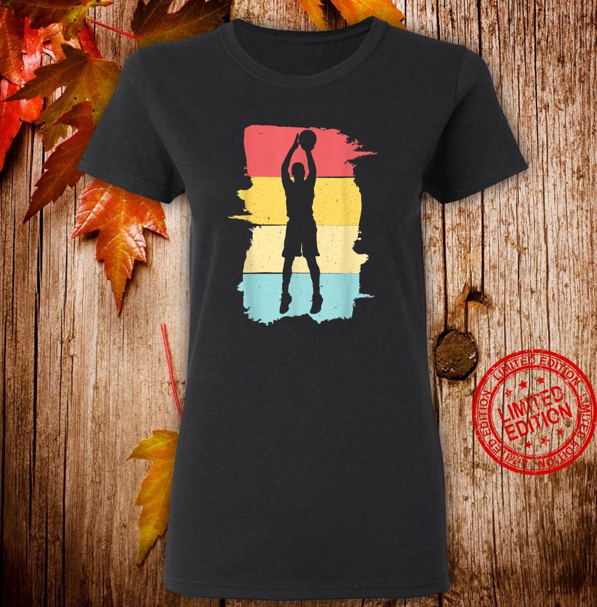 Retro Basketball Basketballspieler Geschenk für Junge Jungen Shirt ladies tee