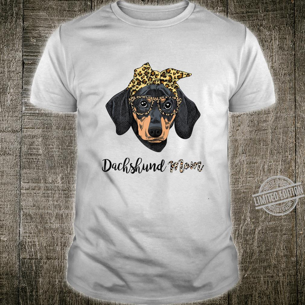 Womens Dachshund Mom Leopard Print Glasses Bandana Mothers day Shirt
